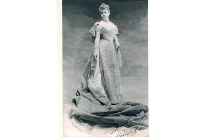 Trinity von Scholtz Hermensdorff, Duchess of Parcent